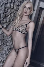 Kelly Wortman - Glamour model
