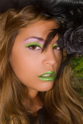 DaveDavis - Goddess in Green