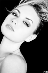 J&G Photography - Model: Marjorie, MUA: Painted Gypsyj