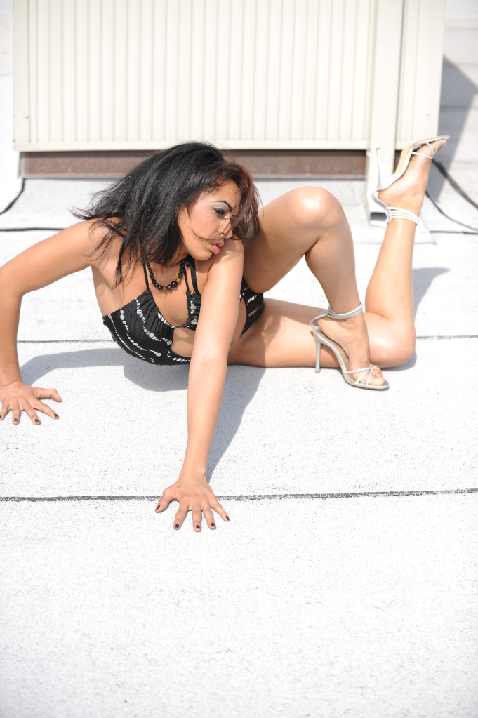 Slim Studios - Contortionist Angles