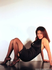 Aya Sam - Exercises in high heels