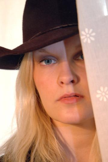 Caroline - Cowgirl