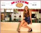Megan - pizza