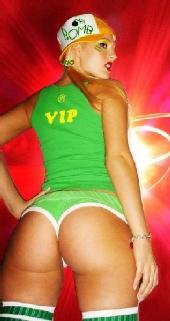 ChelleBomb - VIP