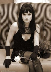 Crystal Eden - Bettie-type pic*