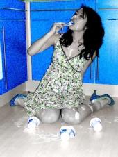Cynnie - pop blue