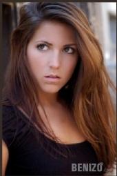 Kristen Nicole null