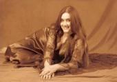 Elena - Cooly