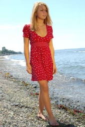 Shiloh Lynch - A walk on the beach