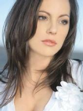 Nicole Lloyd
