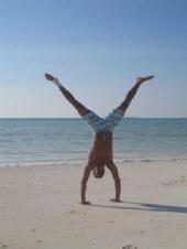 Craig Henry - handstand