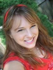 Lauren Uchailk - Headshot 1