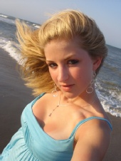 Jen - Jen at the beach