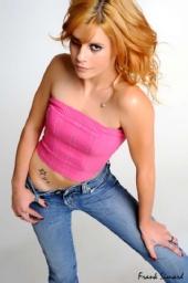 Laura-Leigh - A Star is Born