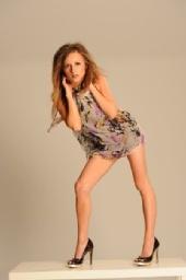 Mellie - The Legs