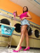 olivia marshall - laundrymat101