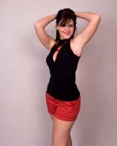Amanda Marie Rose - standing