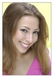 Chelsa Leigh - headshot 1
