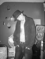 Juju - Top hat down