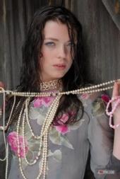 Lubchik - Katerina Lubchik in the rain