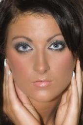 Khloe - Close up
