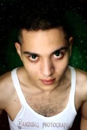 Ricky Hakim - model : enzo
