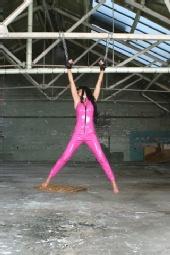 Lola - pink suspension