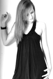 Sophie Barratt - black&white