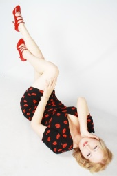 Starlet Scarlet - Professional pic of me 2
