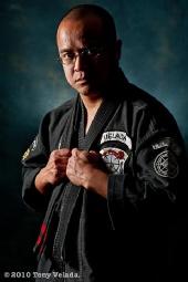 Tony Velada