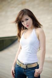 Glynis Tan