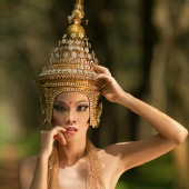 nathalie evelyn - queen of thai