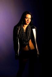 Rarity Models - Niki DeLowe