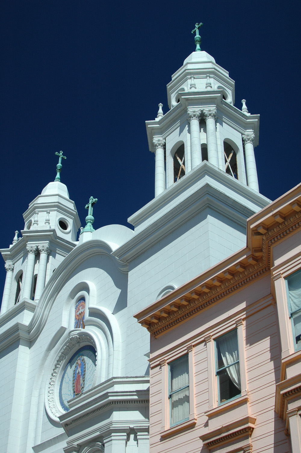 Backstreet Photography - San Francisco Church