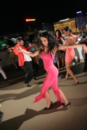 Tiffini Cruzes - Dancing in Music Video