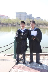 侯殿东 - 毕业